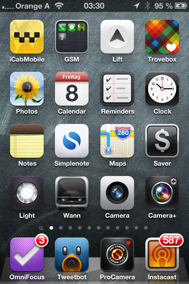 My homescreen on an iPhone 4S